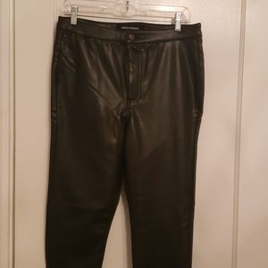 Last chance! Faux Leather skinny pants